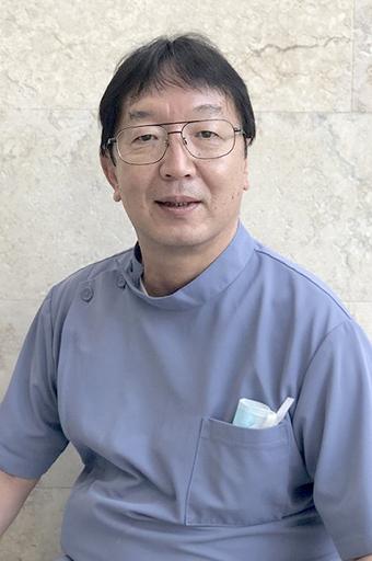 歯科医師(訪問歯科診療) 島袋 修先生