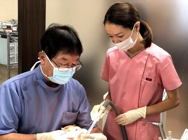 口腔内検査・説明・治療